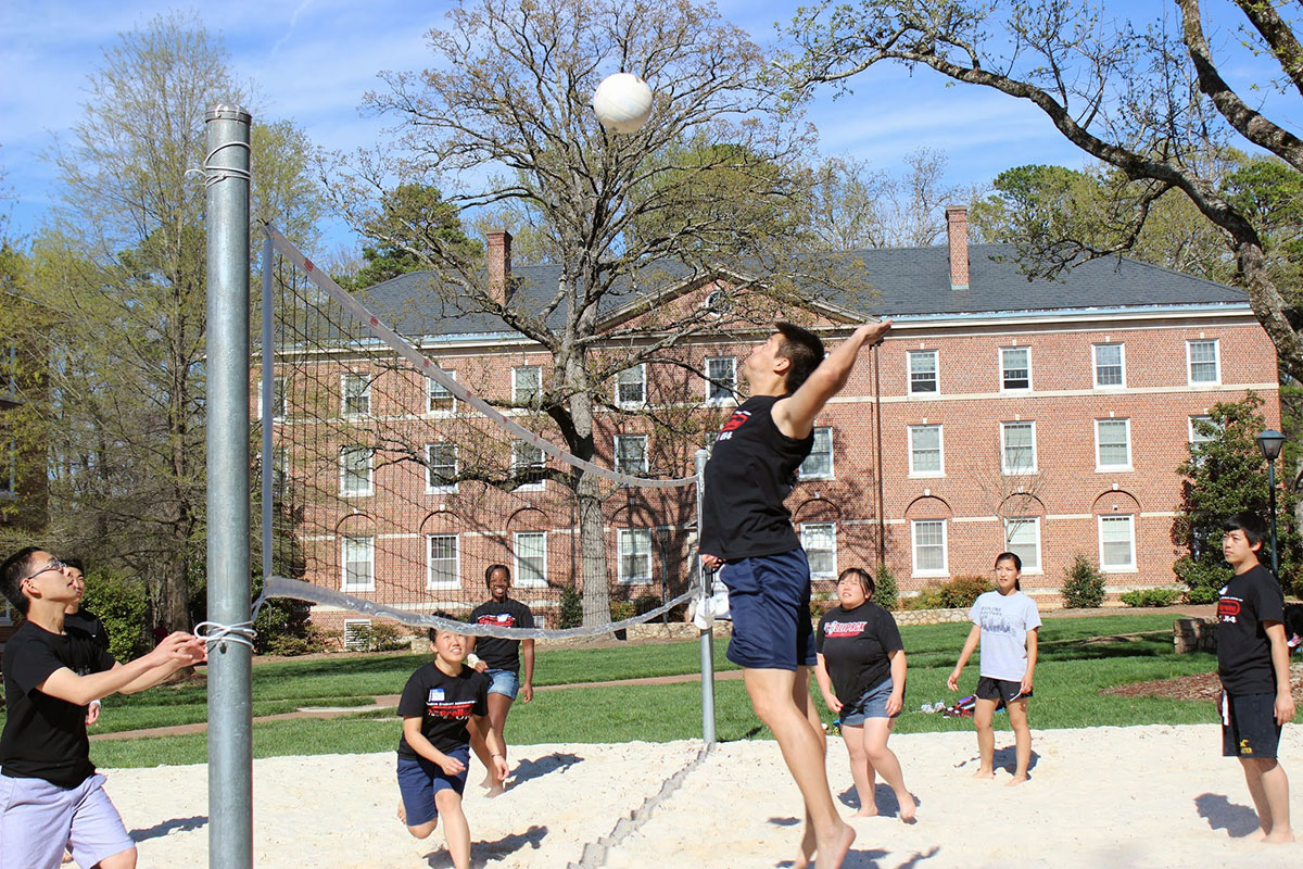 Volleyball during free time - Tour 2014